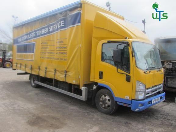 ISUZU NS 75 – 190 curtainsider truck for parts