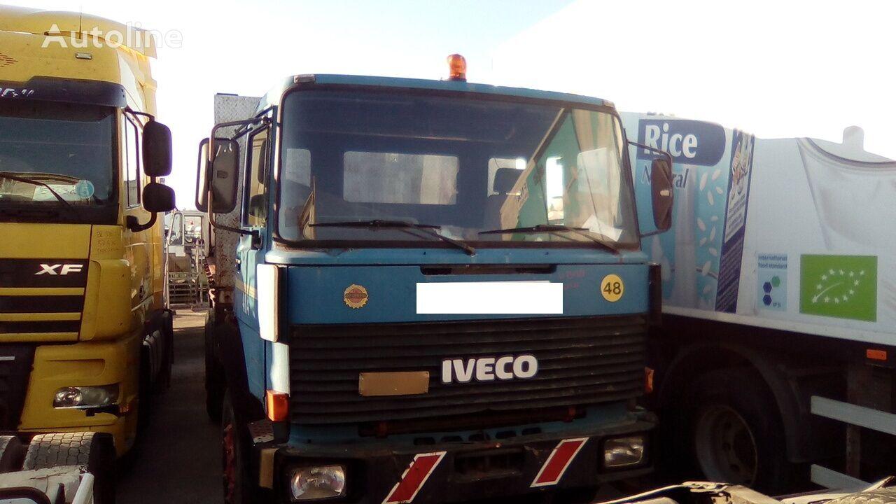 IVECO 330 35 **USO RICAMBI** Perfettamente funzionante dump truck for parts