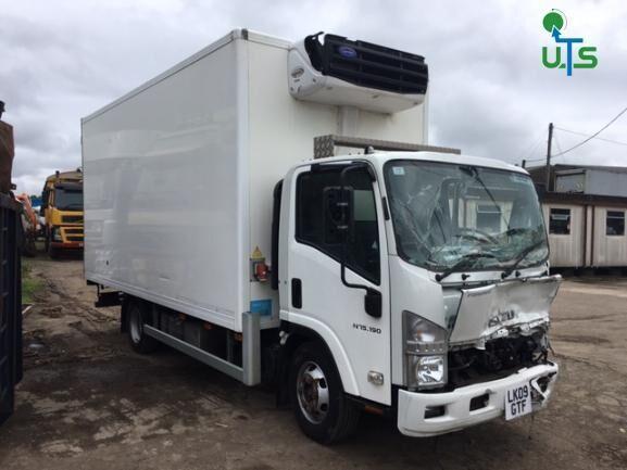 ISUZU N75 190 BREAKING refrigerated truck for parts